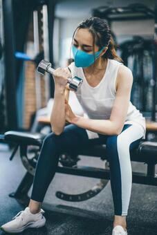 健康的でキレイな身体作りダイエットボディメイク肩こり腰痛姿勢改善なら神戸三宮アライブジムへ!